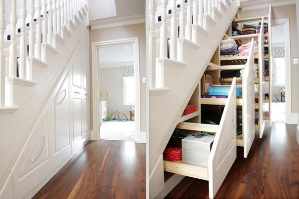 Armario bajo las escaleras