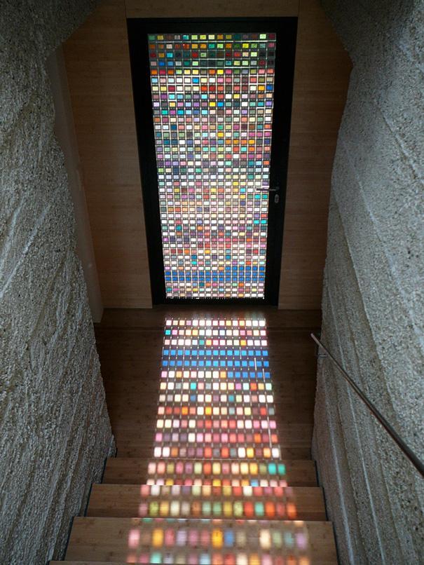 Puerta multicolor
