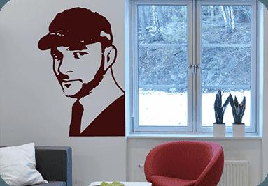 Muestra de ejemplo de vinilo decorativo con cara personalizada de una persona real.